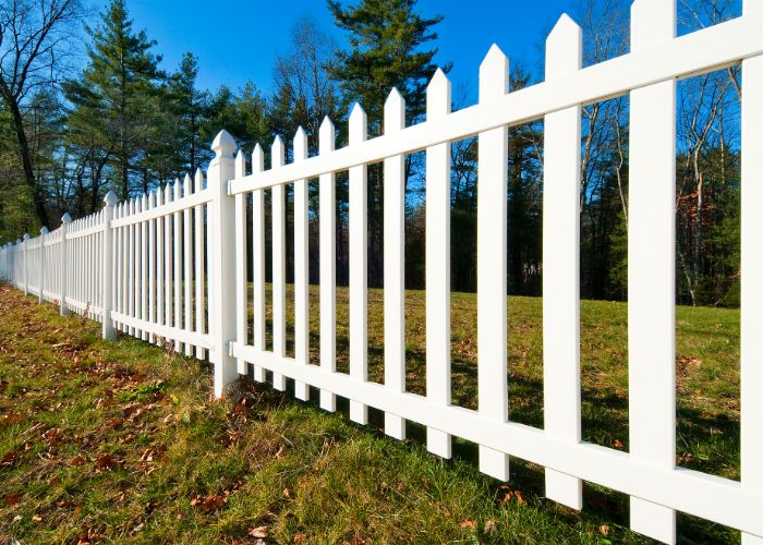 fence installation ri